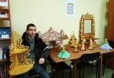 Саткинцев приглашают посетить выставку изделий из дерева от местного умельца