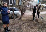 В Саткинском районе должники по алиментам собирают на улицах мусор