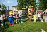 Педагоги Детского дома поздравили юных бакальцев с началом летних каникул