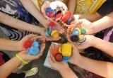 «Два добрых дела сразу»: как жители Саткинского района могут помочь ребёнку с помощью пластиковых крышек