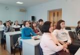Саткинские школьники и студенты приняли участие в традиционном круглом столе «Молодежь и власть»