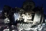 «Водителя зажало в кабине»: сегодня на трассе в Челябинской области перевернулся грузовик