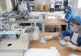На аптечном складе в Челябинской области начали производить медицинские маски