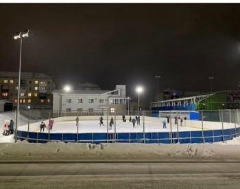 В Сатке стартовал процесс заливки открытых катков и хоккейных коробок